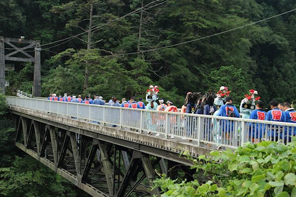 棚沢熊野神社の獅子舞006