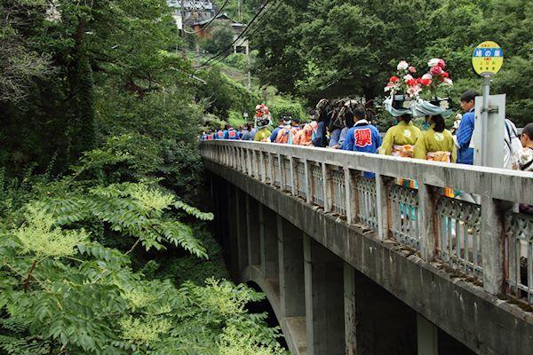 棚沢熊野神社の獅子舞 003