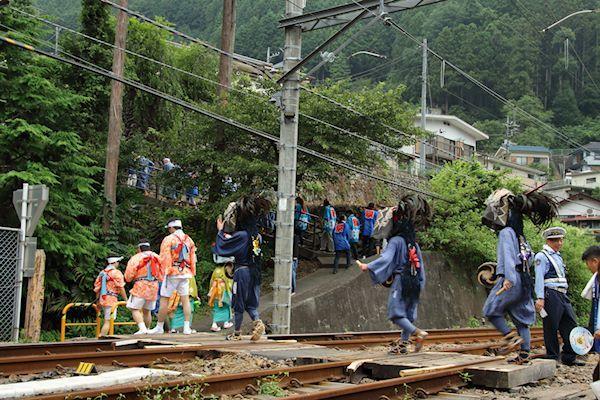 棚沢熊野神社の獅子舞004