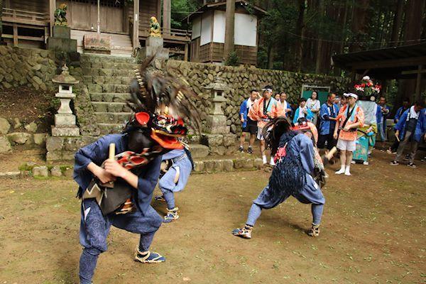 棚沢熊野神社の獅子舞 006