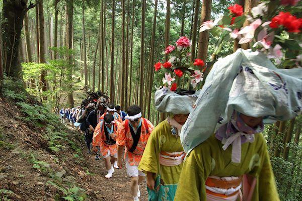 棚沢熊野神社の獅子舞 009