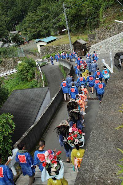 棚沢熊野神社の獅子舞012