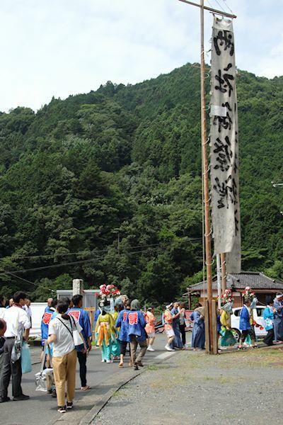 棚沢熊野神社の獅子舞 013