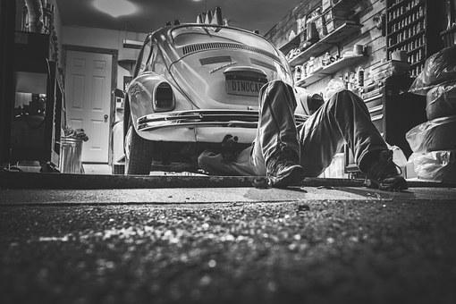 car-repair-362150__340.jpg
