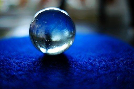glass-2474568__340.jpg