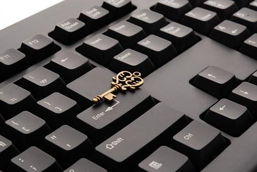 keyboard-621830__340.jpg