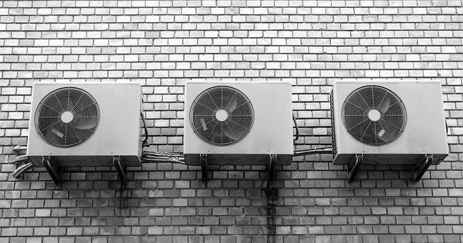wall-1801952__340.jpg