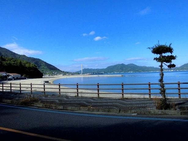 2 生口島 遠目に多々羅大橋