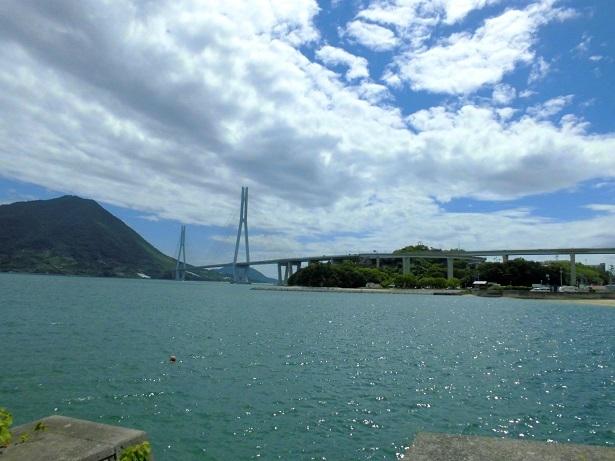 9 25 大三島の東からの多々羅大橋