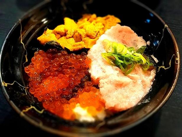 2 ウニ海鮮丼