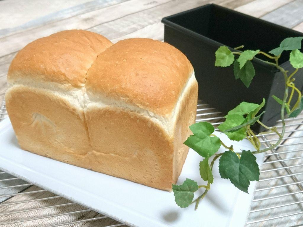 馬嶋屋菓子道具店オリジナル「黒鐵塗食パン型」オーブンシートも型バターも無し!パン屋さんのような焼き色