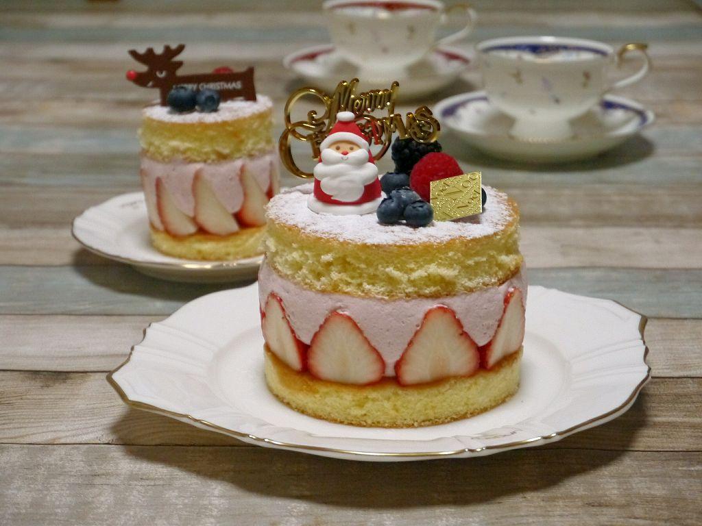 「苺のムースケーキ」の作り方☆クリスマスバージョン!