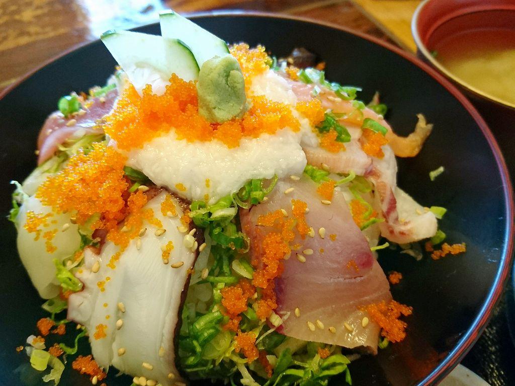「平野鮮魚(長崎県島原市)」新鮮お魚のお店で海鮮丼ランチ!
