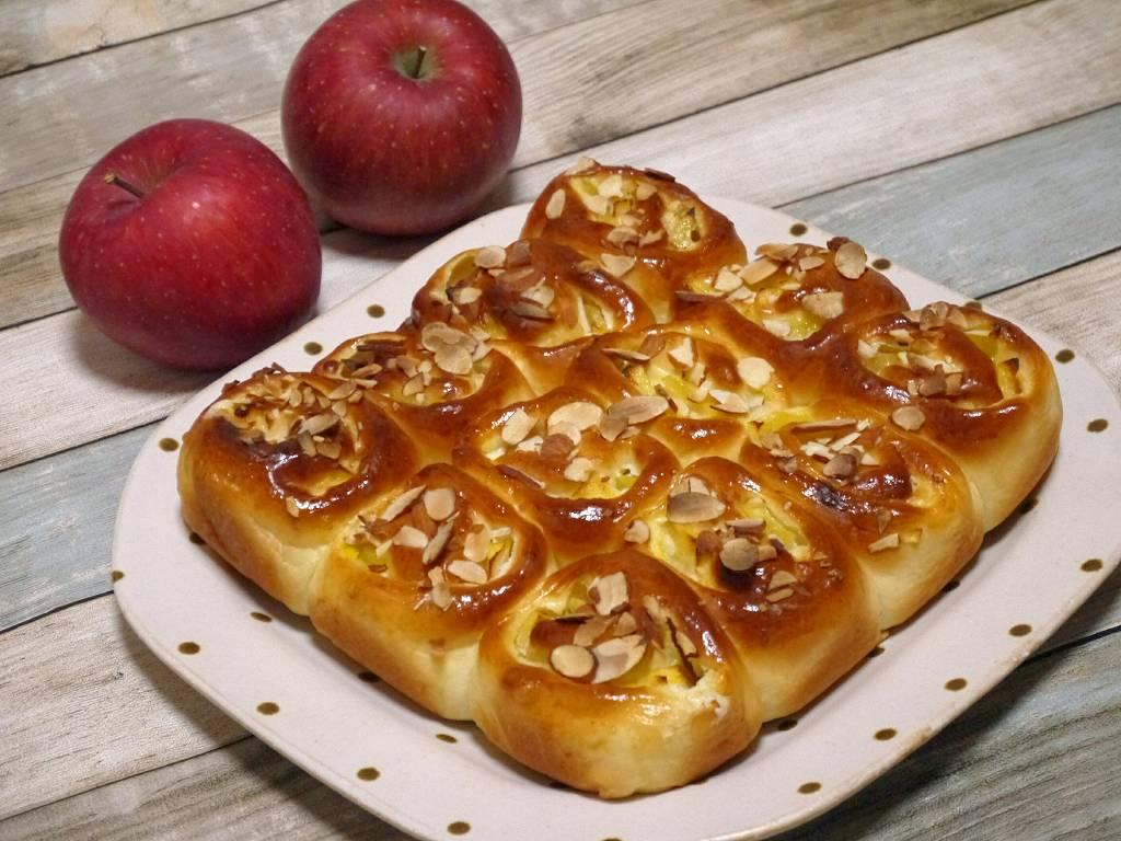 「林檎×クリームチーズのちぎりパン」の作り方☆美味しい林檎でふわふわ&ジューシーパン