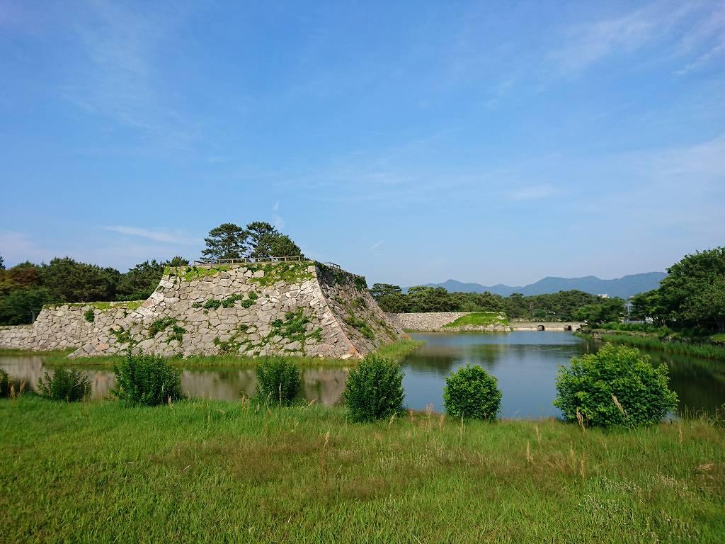 「萩城跡指月公園(山口県萩市)」国の史跡になっている広大な公園を散策。