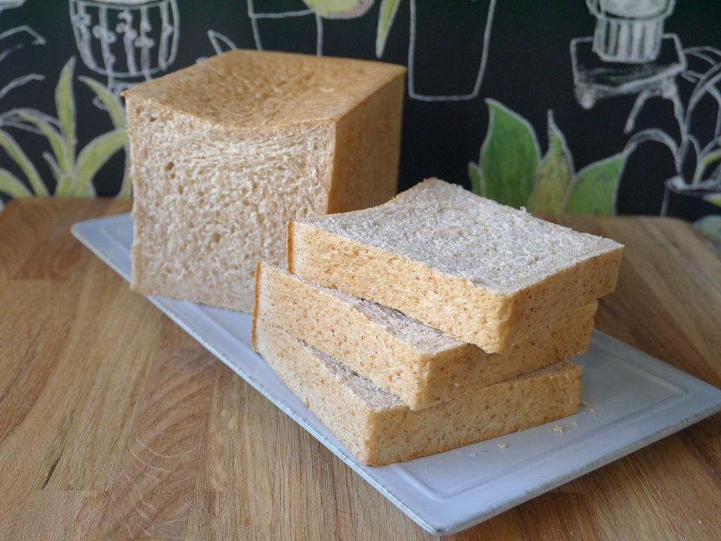「50%ライ麦&全粒粉の角食」の作り方☆風味重視のしっとりパン