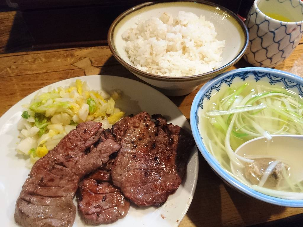 「味太助 本店(仙台市青葉区)」牛タン発祥店で味わう!こだわりのテールスープ&牛たん