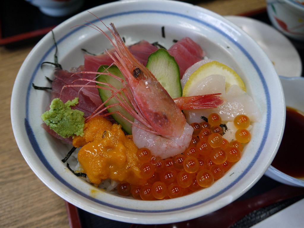 「お食事処 南部屋(宮城県松島町)」松島名物牡蠣・穴子・海鮮丼などなどメニュー豊富!