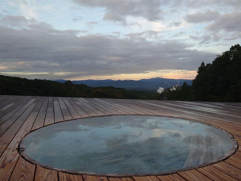 熊本県☆わいた温泉の旅館「和風オルベージュ 山荘わいた」天空の湯からの絶景と名物鶏の地獄蒸し
