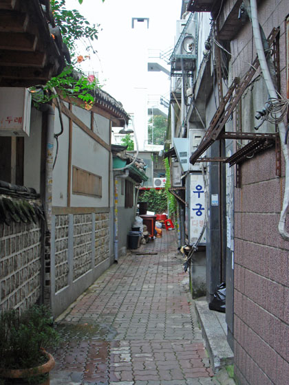 https://blog-001.west.edge.storage-yahoo.jp/res/blog-a4-fe/laxjfk2002/folder/411959/65/26386565/img_0