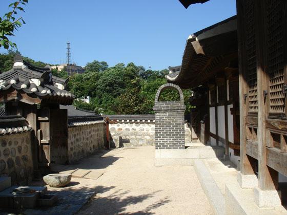 https://blog-001.west.edge.storage-yahoo.jp/res/blog-a4-fe/laxjfk2002/folder/411959/24/45471524/img_9