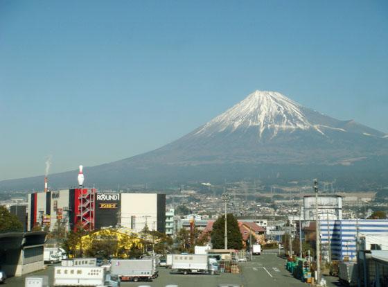 https://blog-001.west.edge.storage-yahoo.jp/res/blog-a4-fe/laxjfk2002/folder/847789/70/53404570/img_2