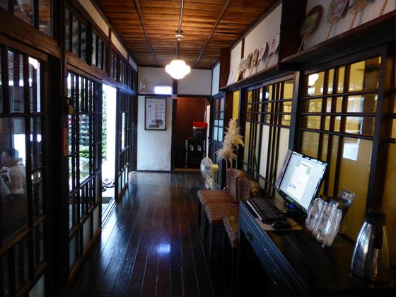 https://blog-001.west.edge.storage-yahoo.jp/res/blog-a4-fe/laxjfk2002/folder/896810/59/55990159/img_3