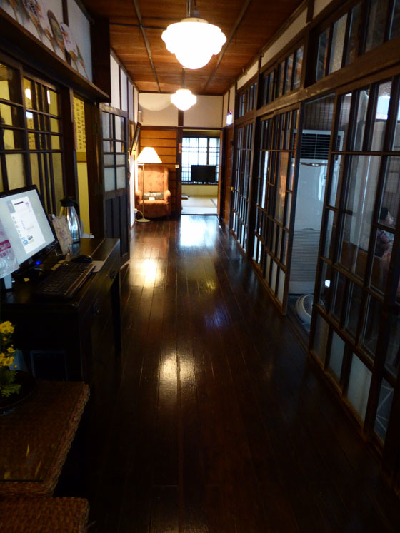 https://blog-001.west.edge.storage-yahoo.jp/res/blog-a4-fe/laxjfk2002/folder/896810/59/55990159/img_4