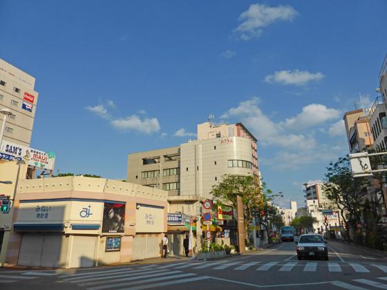 https://blog-001.west.edge.storage-yahoo.jp/res/blog-a4-fe/laxjfk2002/folder/1516800/67/58239167/img_11